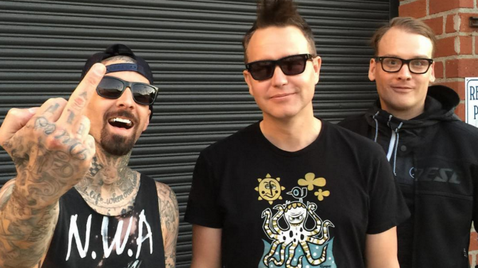 California | Blink-182 (Review) - Modern Little Victories