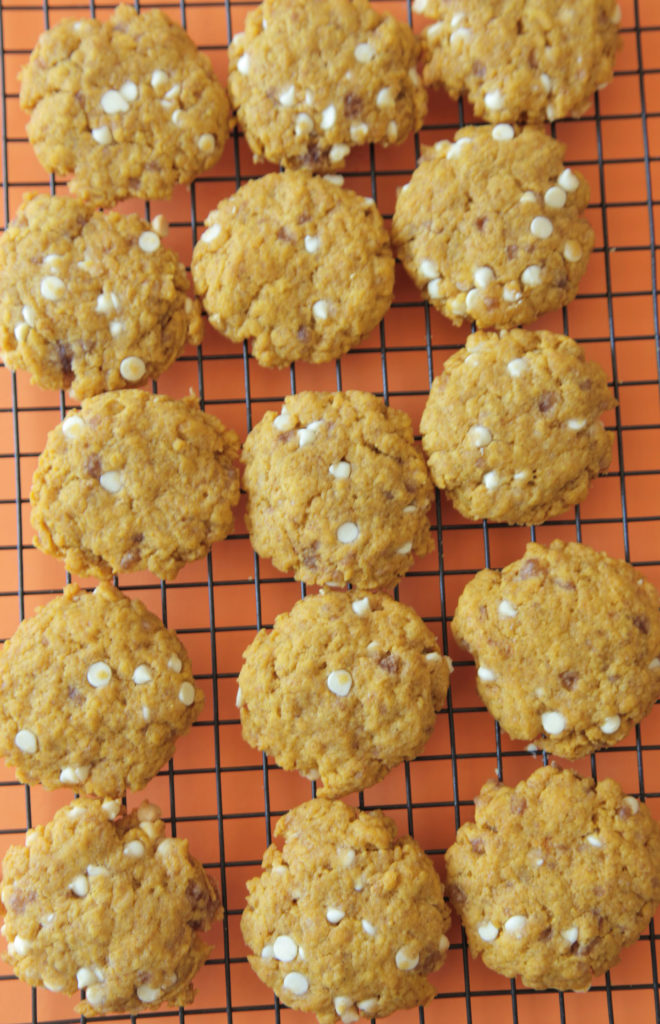 White Chocolate Pumpkin Cookies (Vegan)