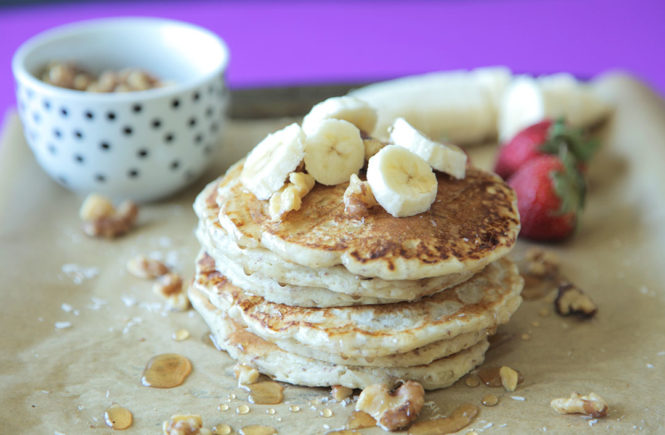 Quick & Easy Pancakes (Vegan)
